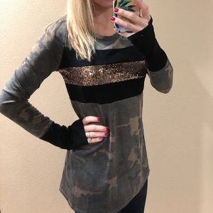 NEW! Camouflage Camo Gold Sequin Tee Shirt Top